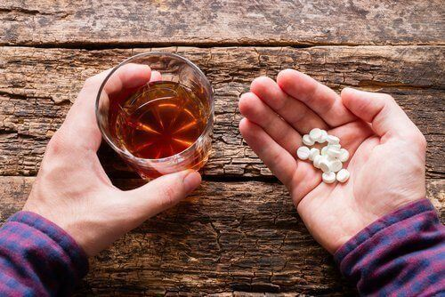 Is Medical Marijuna the Answer to Reducing Use of Pills & Alcohol?